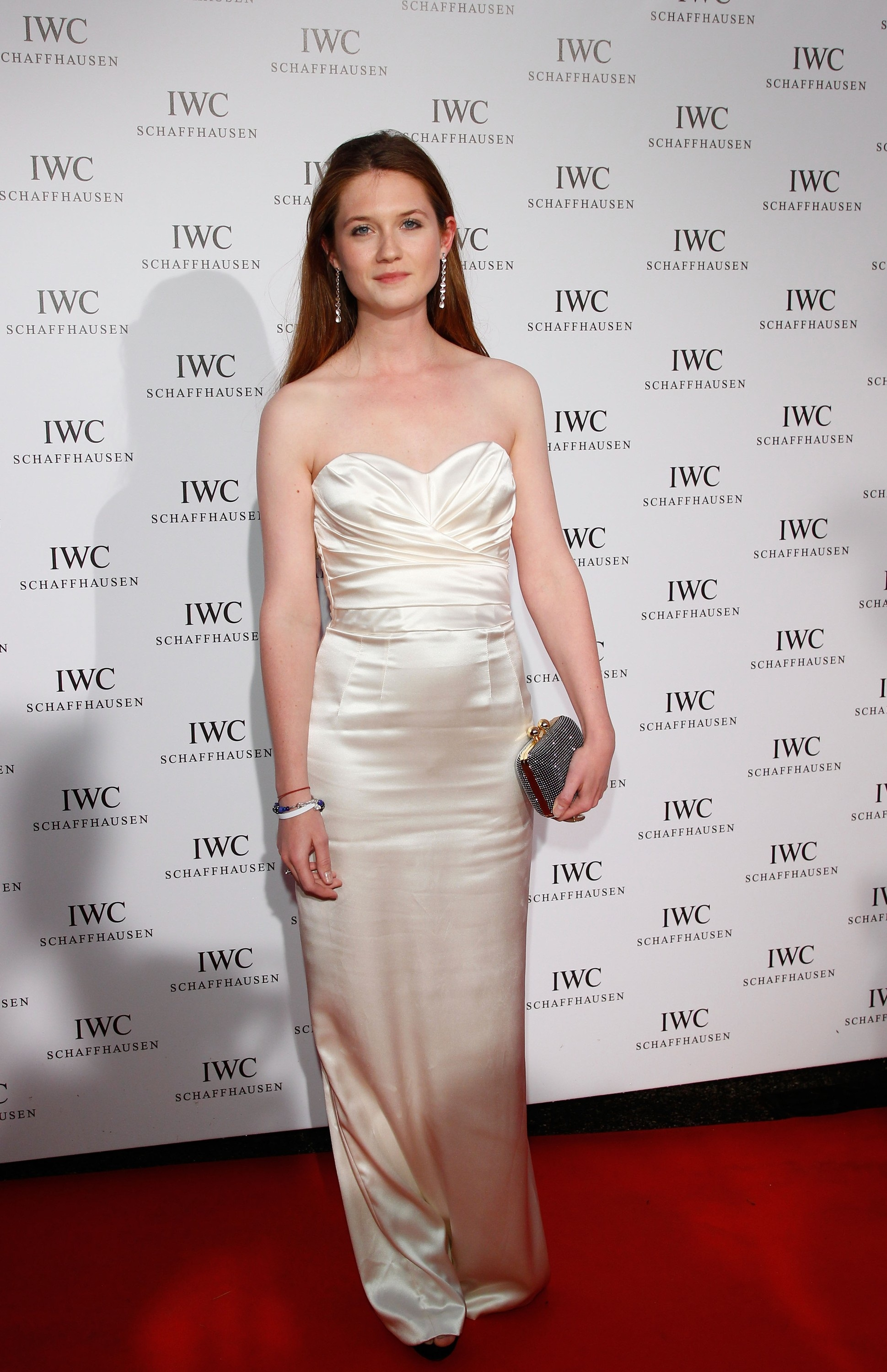 Bonnie Wright Hot Bikini Photos, Sizzling Cleavage Topless Image Wallpapers - Photoclickz-4858