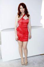 Hottest Photos of Felicia Day & Bikini Wallpaper Pics
